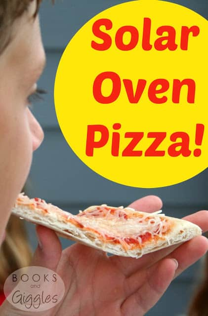 Solar Oven Pizza kids activity. Great summertime STEM project!