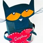 How to Make a Pete the Cat Inspired Valentine Box