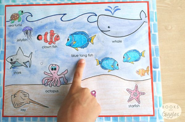 learning-placemat-dory-nemo-aquarium