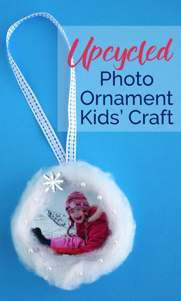 Kids Christmas ornament | How to make a photo ornament with a 3-D snowy scene. A fun kids Christmas craft idea!