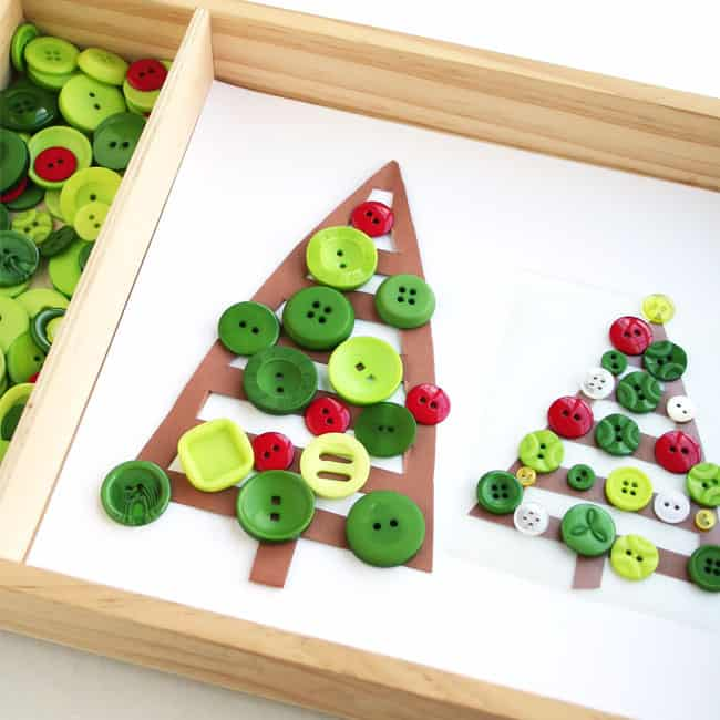 Story-inspired button Christmas tree activity