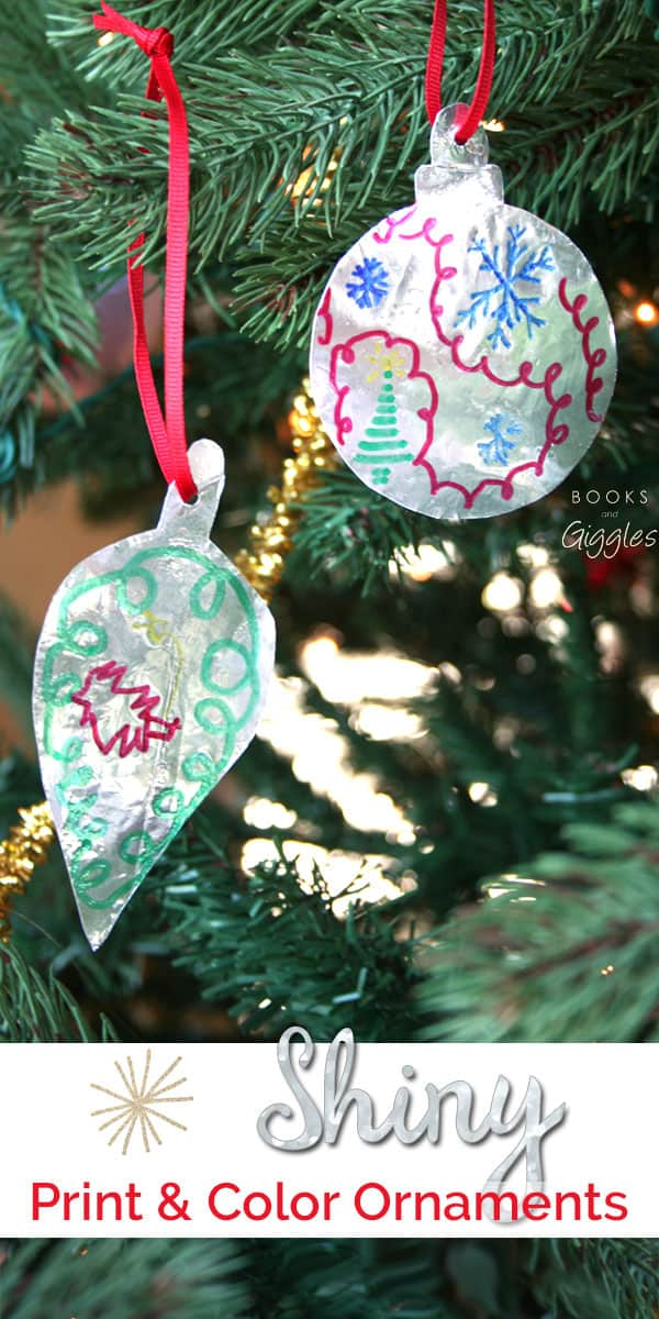 A free printable Christmas ornament craft that would work well for classroom parties, scouting events, or at home on a busy day.