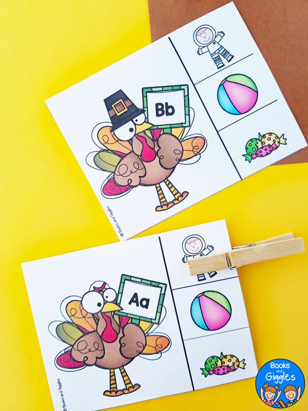 These letter sound clip cards fit right in with your Thanksgiving centers