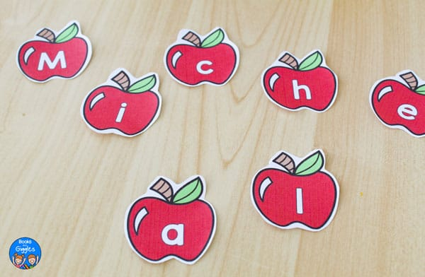closueup of apples with letters pritned on them